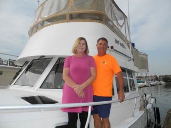 Rhonda and Joe are thrilled with their Mainship 39 single engine with bow thruster.